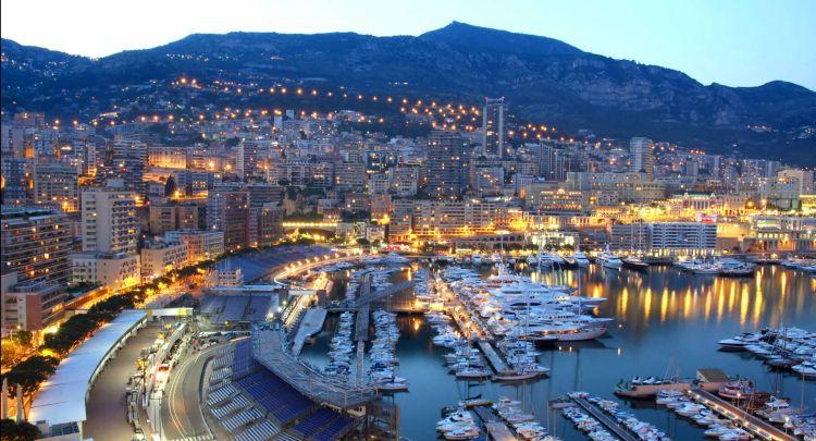 Monte Carlo_httpf1destinations.comwp-contentuploads201402monaco-f1-harbor.jpg